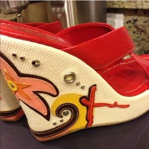 PRADA RED LEATHER WEDGES SIZE 9